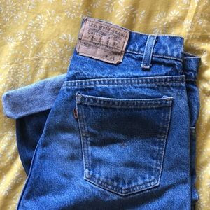 Vintage Levi's in Great Condition!!! 👖